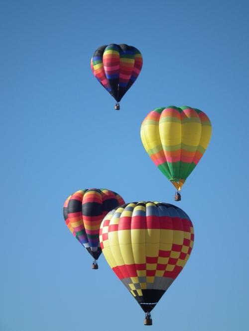 4_ballons